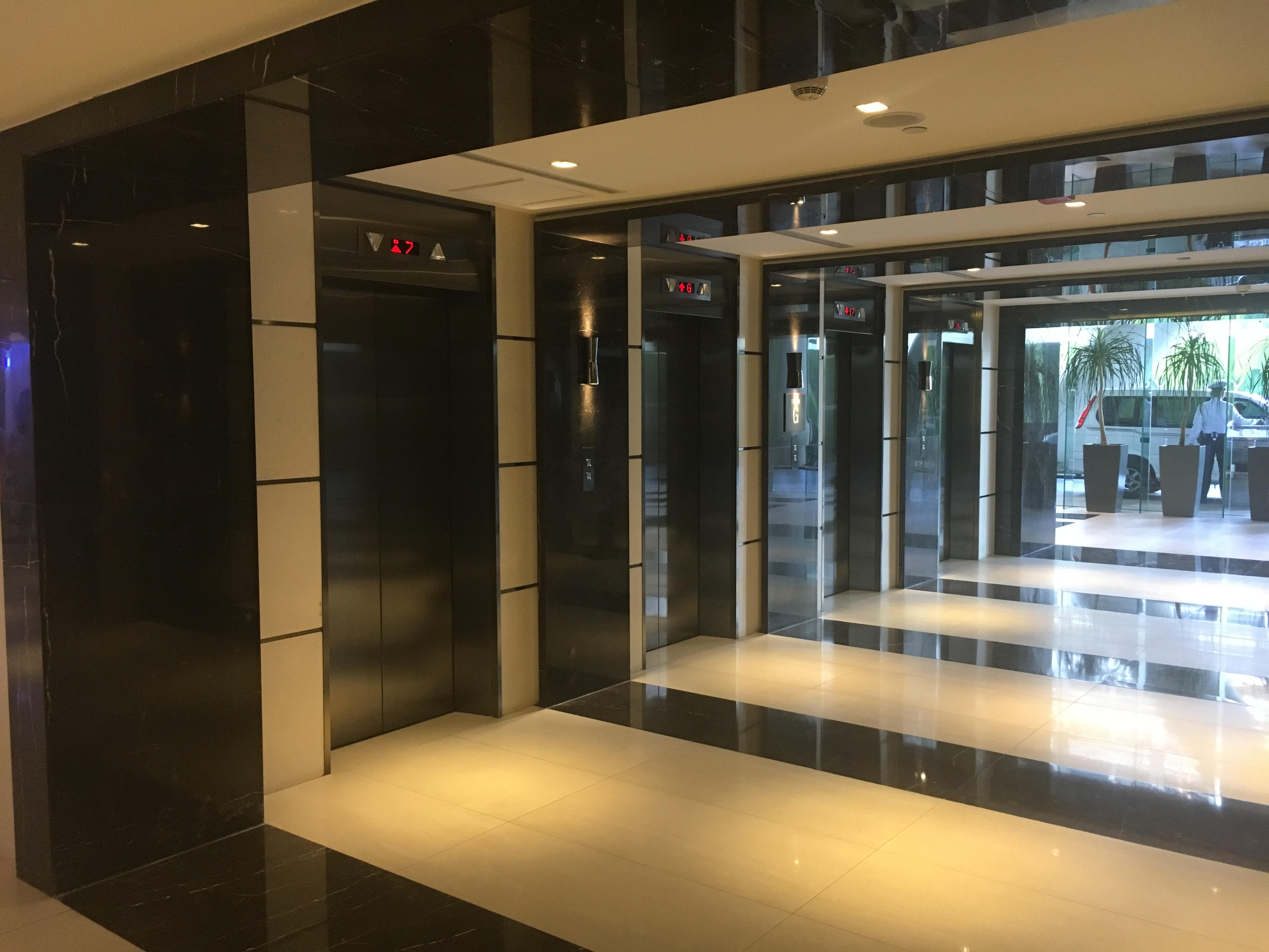 フィリピンマカティの新築物件共用部